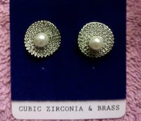 New Crystal & Pearl Earrings $10 per Pair