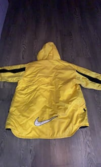 Nike Latge long winter jacket  Fraser Valley H, V3G