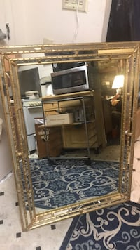 """Mirror Weights 40 lbs Outstanding 43/30"""" College Park, 20740"""
