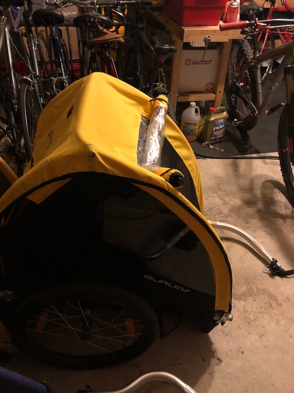 yellow and black bicycle trailer
