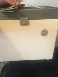 Antique 1961 old fashion Projector, Sawyers circadian Read info its negotiable not free but open to any offers West Islip, 11795