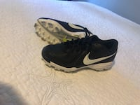 Softball Cleats- worn twice only Fort Lauderdale, 33312