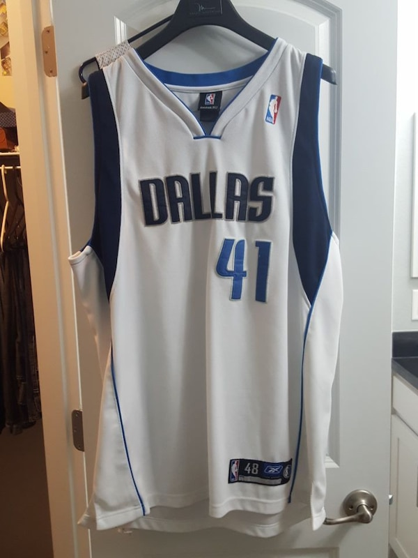 black and white Dallas 41 basketball jersey 631c8c71-3a8d-4d5b-ade5-0061a17203ae