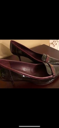 Authentic Tory Burch Patent Leather Kitten Heels 10*New Price*