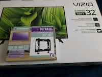 VIZIO TV (Brand New) and mounting kit.. Springfield, 22150