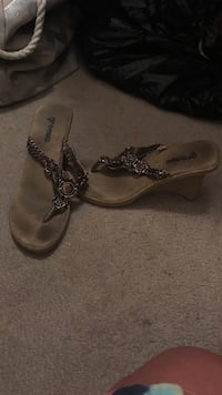 Brown wedge sandals size 7.5 Pontotoc, 38863