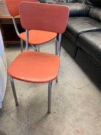 Vintage Formica table with 3 chairs  Marion, 28752