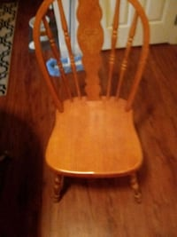 2 solid wood chairs Independence, 64055