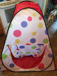 Child's pop up tent  Frederick, 21701