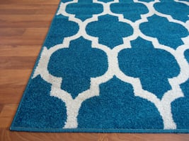 NEW Blue Rug Trellis