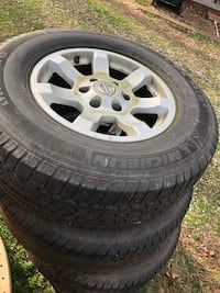 Nissan rims and tire  Greer, 29651