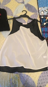 white and black sleeveless top Dartmouth, B2Y 2S6