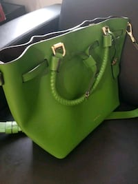 Michael Kors bucket bag green New York