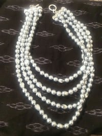 white pearl beaded necklace and bracelet 541 km