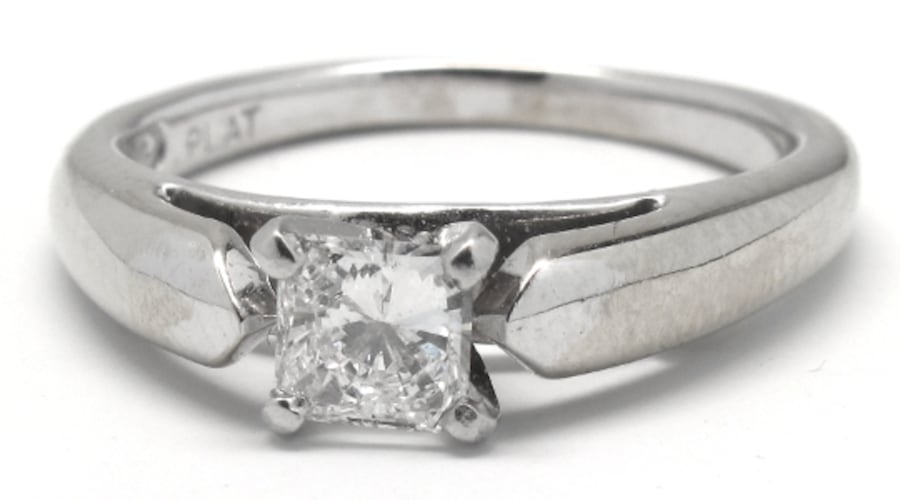 Ladies Platinum Princess-Cut Diamond Ring 83ca685d-030b-41a4-a753-d6a73364fd69