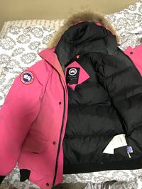 Pink Canada Goose size L Youth Toronto, M3N 1M4
