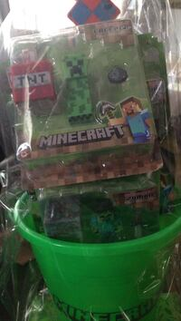 Minecraft Creeper toy pack