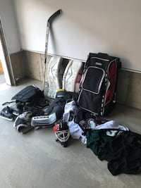 Hockey Goalie Full Set of Gear and More. Everything you need! Oakville, L6M 0V1