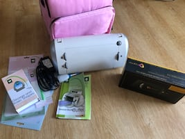 Cricut Personal Electronic Cutter+ Gypsy + accessories
