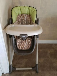 baby's green and white high chair Vaughan, L4H 0E3