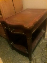 brown wooden 2-layer side table Baltimore, 21215