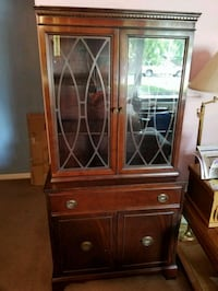 Antique China Cabinet Milton, L9T 1Y9