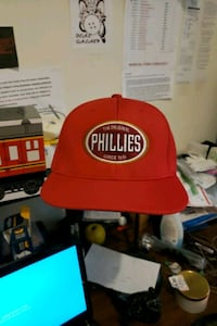 Exclusive collectible water wicking phillies  Burbank, 60459