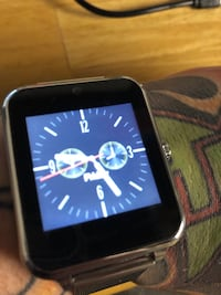 Smart Watch (Android & Apple!) Smart Wearable Devices Windsor, N9A 5E6
