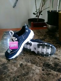 Running shoes. Brand new. Size 7 Anthony, 79821