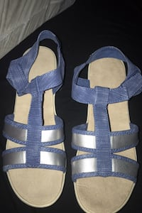 Sandals brand new size 9  Glen Burnie, 21061