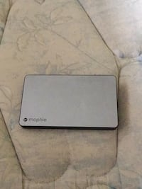 Mophie Portable Charger Vancouver, V5Y 1Z3