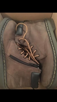 pair of brown leather work boots Stockton, 95204