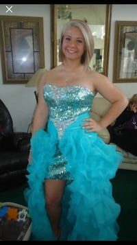 Teal prom dress! 2 piece!!  Conway