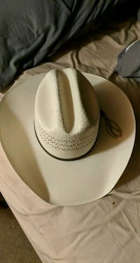 Bailey's hat. Size 7 Springfield, 65803