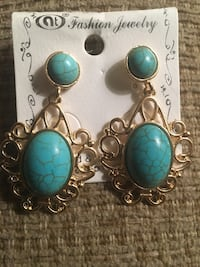 Some nice classy earrings  firm Clarksville, 37042