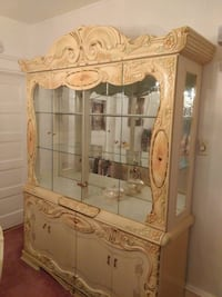 Italian-style China Cabinet (cream color) Camden