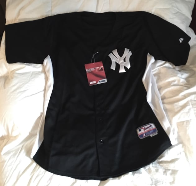 NY Yankees Jersey #33 - Brand New, size 52 0