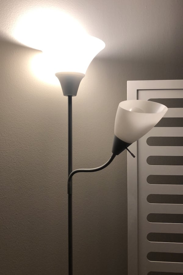 Grey and white floor lamp (2 extra bulbs included) 2