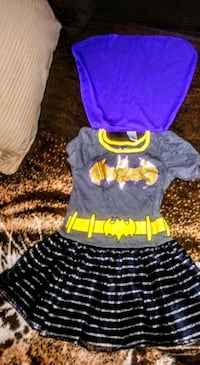 3t batman dress with attachable cape Westminster, 80021