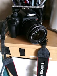 Camera and video recorder with tripod stand Fullerton, 92833