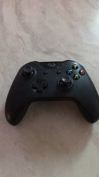 black Xbox One wireless controller Oshawa, L1L