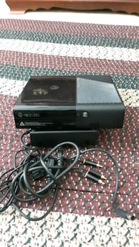 XBOX 360 WITH OR WITHOUT GAMES Frankfort, 40601