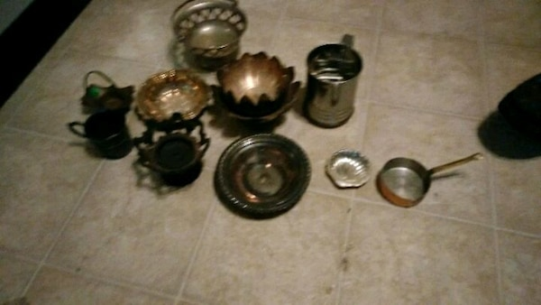 Brass and other.. Kitchen ware