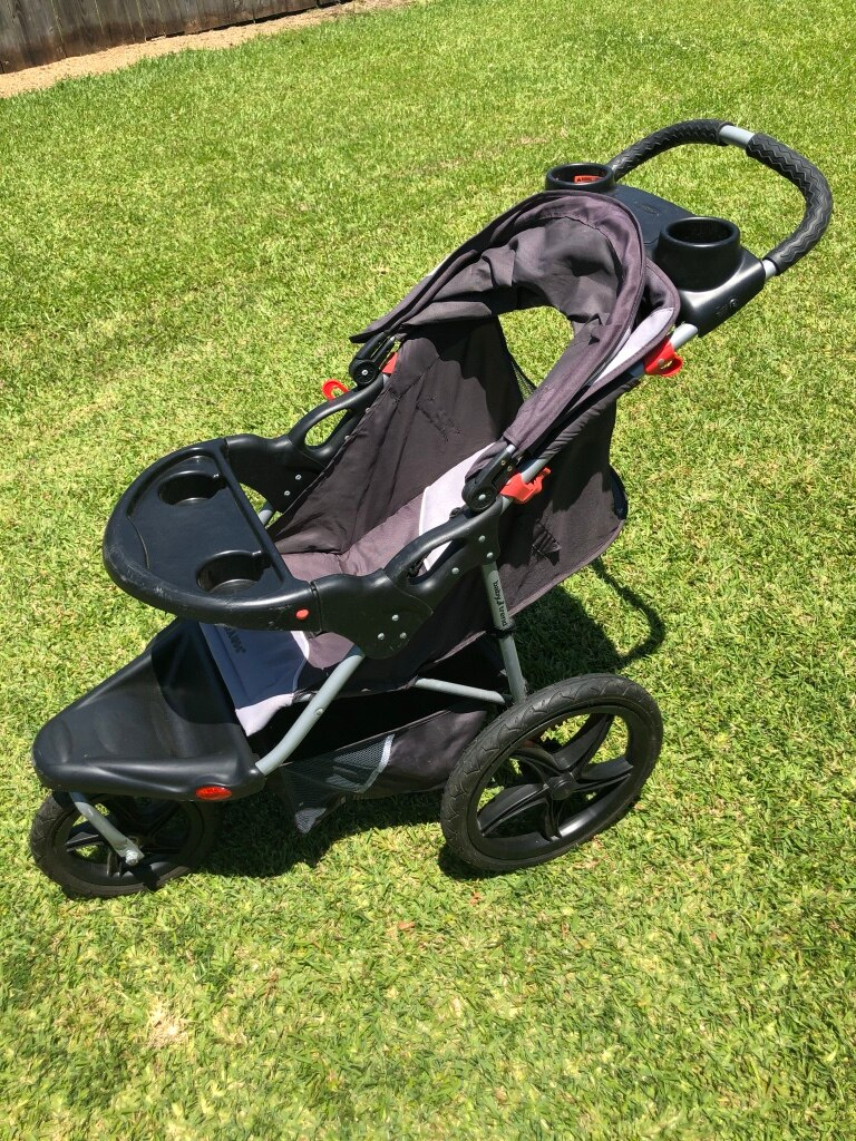 Photo Baby Trend stoller Jogger