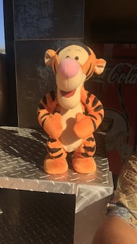 """BOUNCING TIGGER - vintage 1998, operates by 3 Aa batteries, it jumps up and down while saying """"I'm going to bounce, that's what triggers do best"""" - price negotiable Costa Mesa, 92627"""
