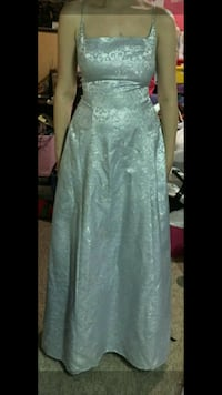 Grad Dress Winnipeg, R3J 1M4