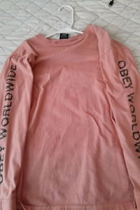 Obey shirt size small