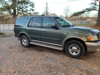 Ford - Expedition - 2001 66 km