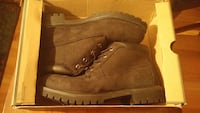 black timberlands size 12 water proof Herndon, 20171