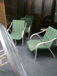 Lawn furniture.. table, canopy, 4 chairs Albuquerque, 87107